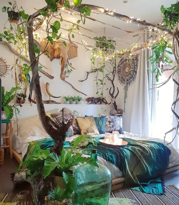 Bedroom plant jungle